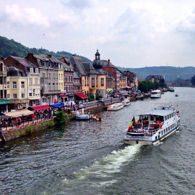 Barco no Rio Meuse