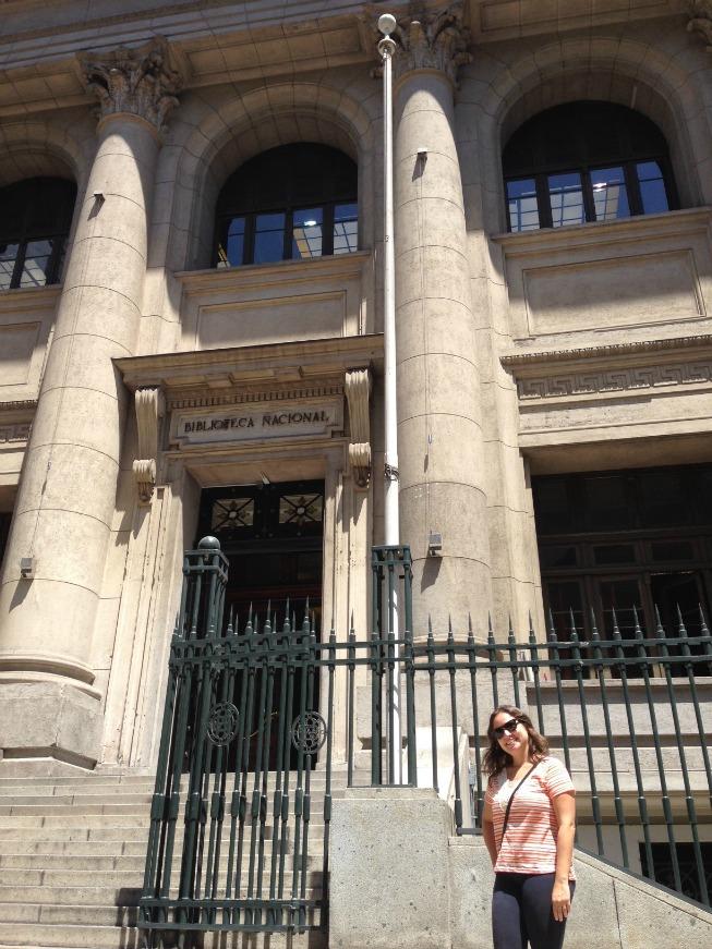 Entrada pela Rua Moneda