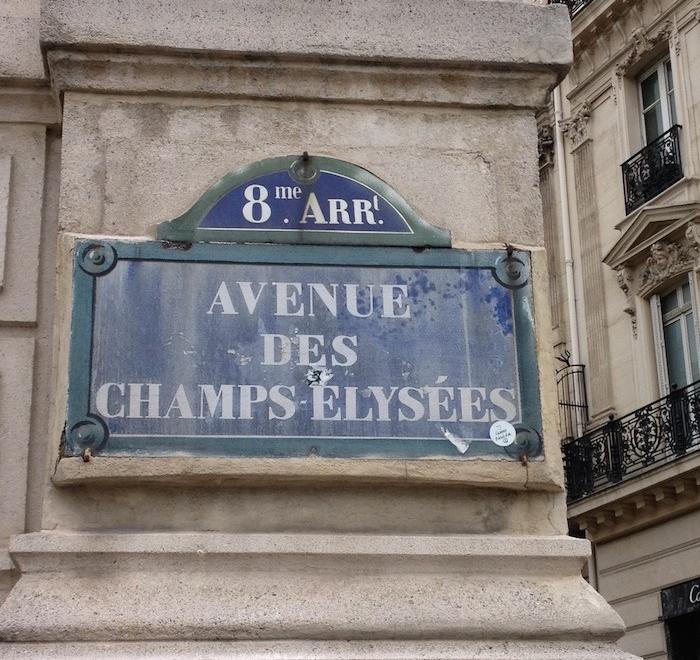 Placa da Avenida Champs Élysée