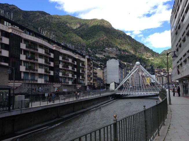 Rio Valira, que passa por Andorra