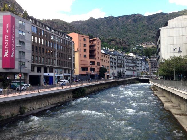 Andorra o que fazer em Andorra La Vella - Rio Valira