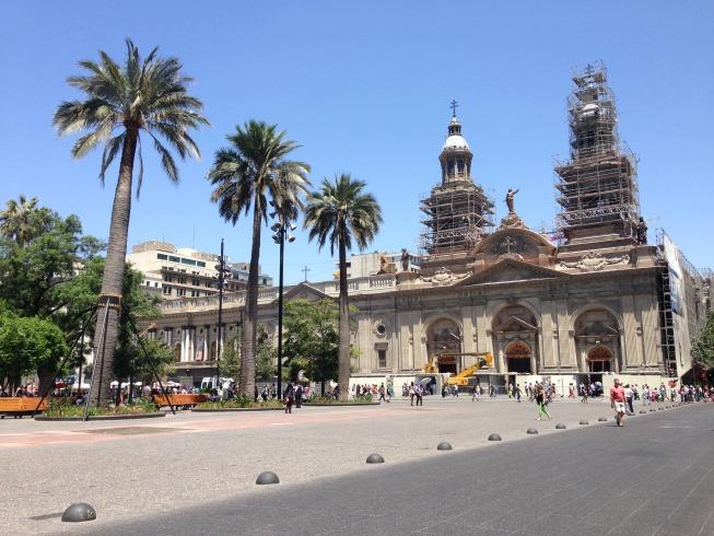 Plaza de Armas e a Catedral de Santiago (a fachada estava em obra quando eu fui)