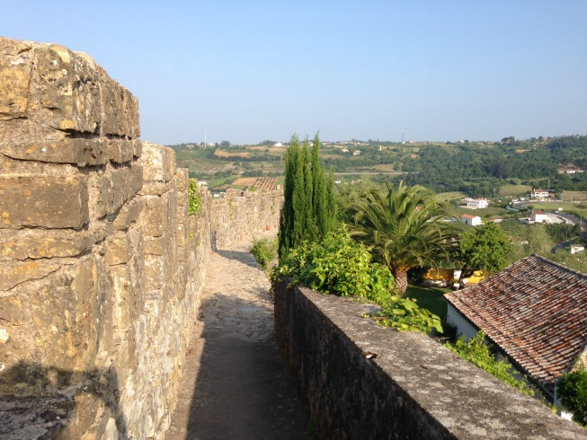 Andando pela muralha