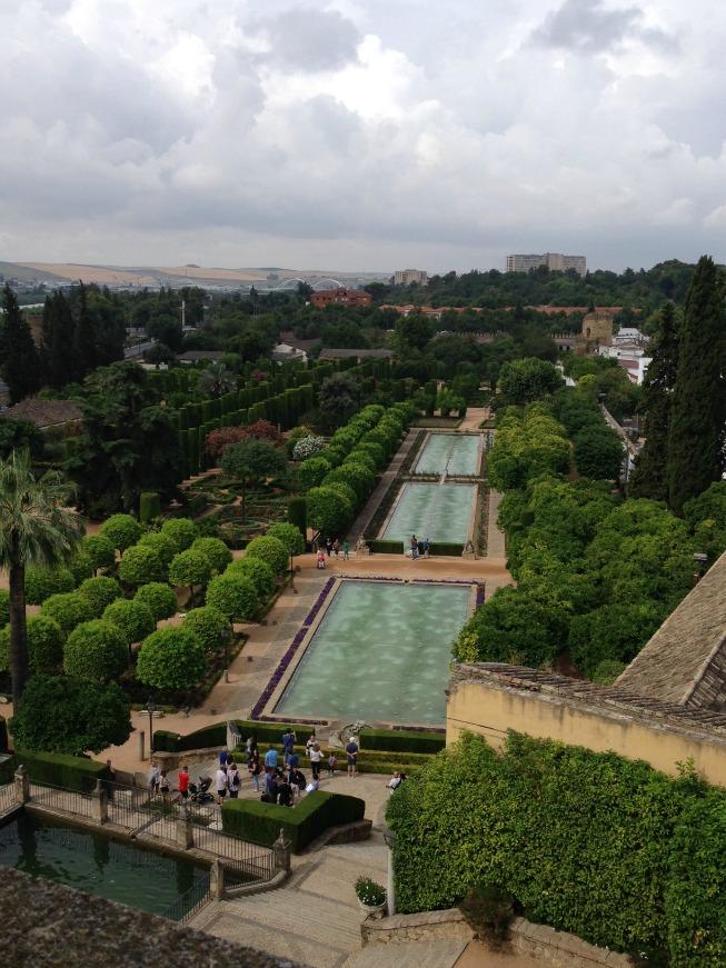 Vista dos jardins do Alcázar