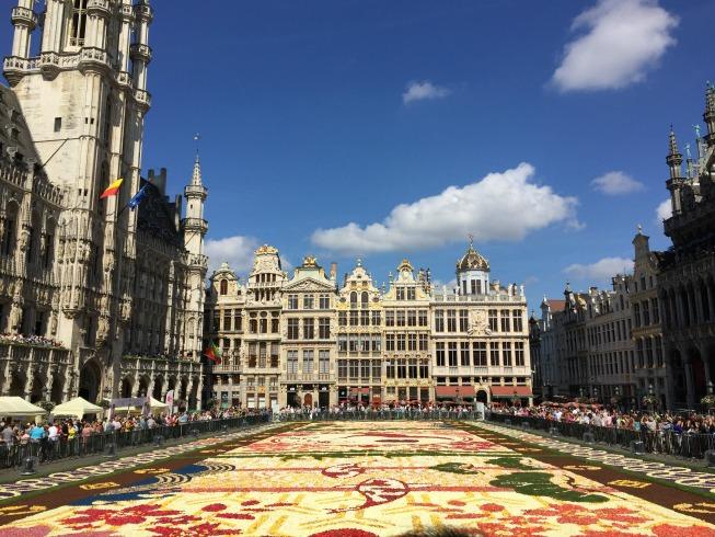 Olha ele: o Tapete de Flores na Grand Place