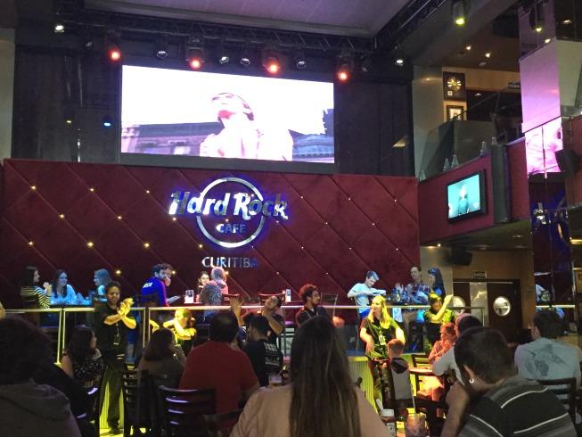 Animação no Hard Rock Cafe Curitiba