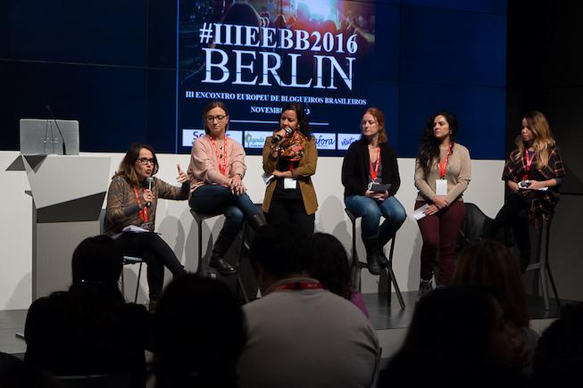 Rodada de discussão sobre redes sociais - IIIEEBB 2016